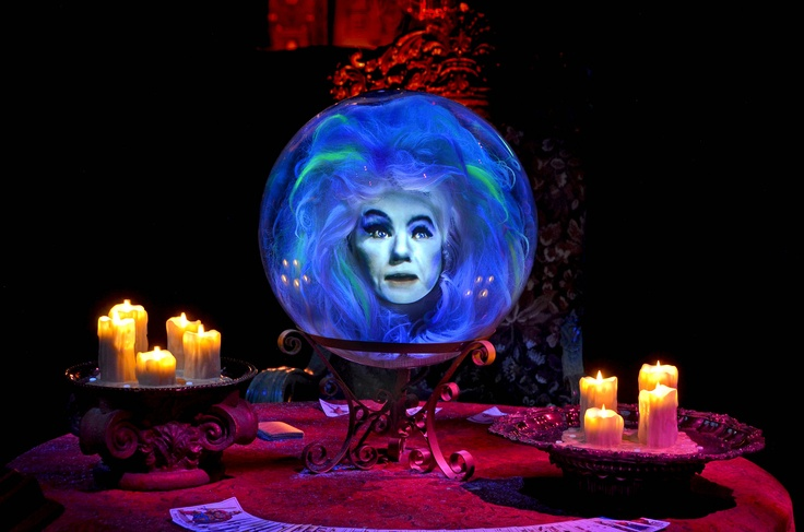 The Haunted Mansion S Backstory Duchess Of Disneyland